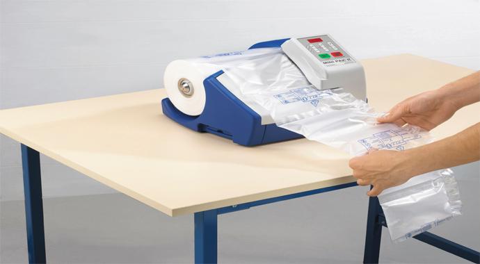 Přístroj Minipakr na výrobu bublinkové výplně